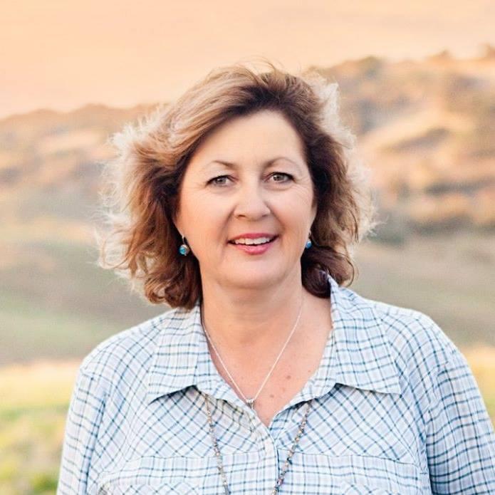 JCS Executive Director Jennifer Cauzza
